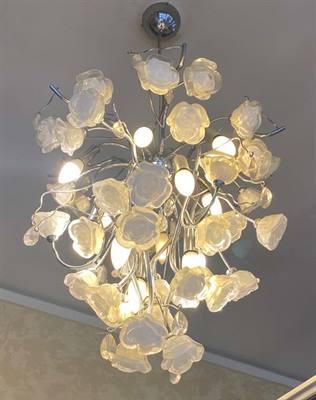 Lampadari e lampade in cristallo