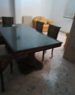 Antico Tavolo con 6 Sedie