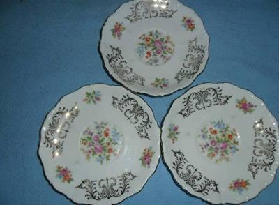 Bavaria - Tre piattini di porcellana Bavaria.