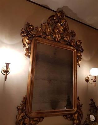 Console e specchio antichi