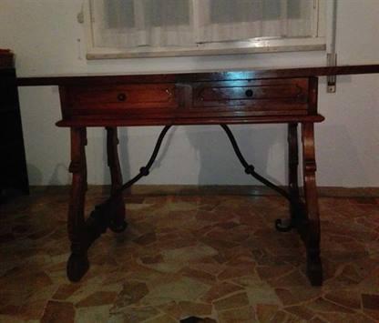 Tavolo scrivania antic