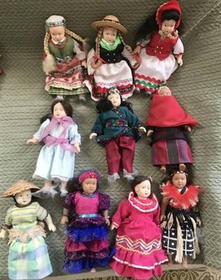 Bambole in porcellana